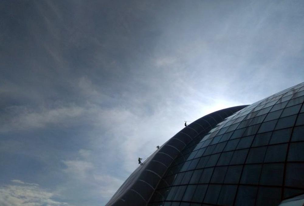 usługi-alpinistyczne-dachu.